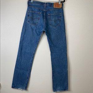 Levi button fly 501 blue jeans 32x34